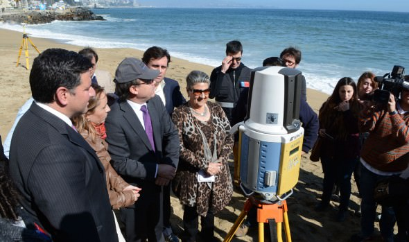 Estudios que ejecuta el MOP para minimizar efectos de marejadas fue valorado por alcaldesa Virginia Reginato