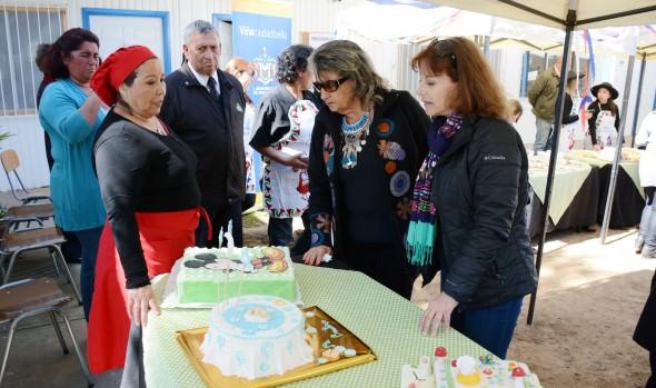 Emprendedoras de Viña del Mar se lucen en muestra gastronómica que fue visitada por alcaldesa Virginia Reginato