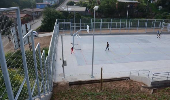Importante porcentaje de avance presentan centros deportivos y canchas en diversos sectores de Viña del Mar