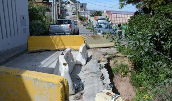 Municipalidad de Viña del Mar reparará socavón de calle Bellavista en Reñaca