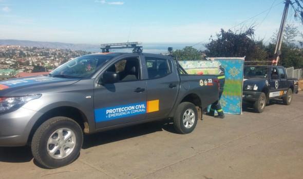 Municipio de Viña del Mar brindó ayuda social a afectados por incendio en Santa Julia