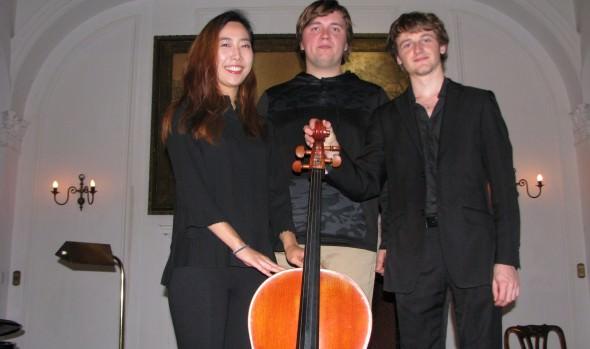 """Cellistas de Bielorrusia, Corea y Francia buscarán primer lugar del XLIII Concurso Internacional de Ejecución Musical """"Dr. Luis Sigall"""""""