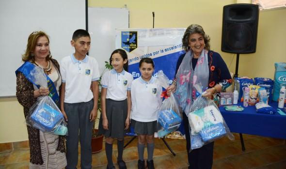 El Municipio de Viña del Mar impulsa  campaña navideña para el adulto mayor en situación de vulnerabilidad
