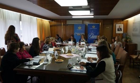 Alcaldesa Virginia Reginato encabezó reunión para elección de las 11 mujeres más destacadas de la comuna