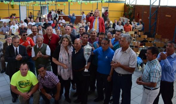 Premiación de torneo de fútbol de personal en retiro de las FFAA,  Carabineros  y PDI fue encabezado por alcaldesa Virginia Reginato