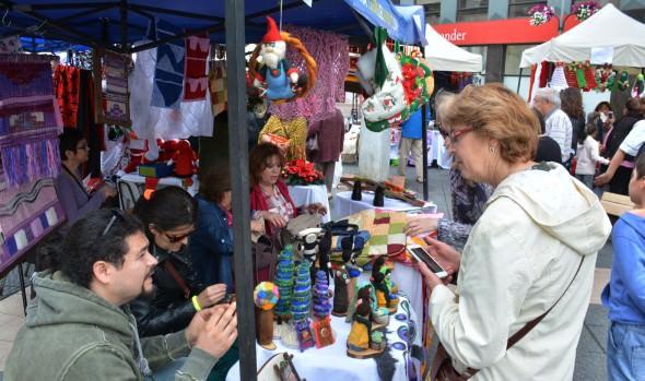 Viñamarinas se lucieron con artículos navideños elaborados artesanalmente