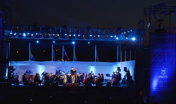 Concierto de Año Nuevo deleitó a miles de personas en Reñaca