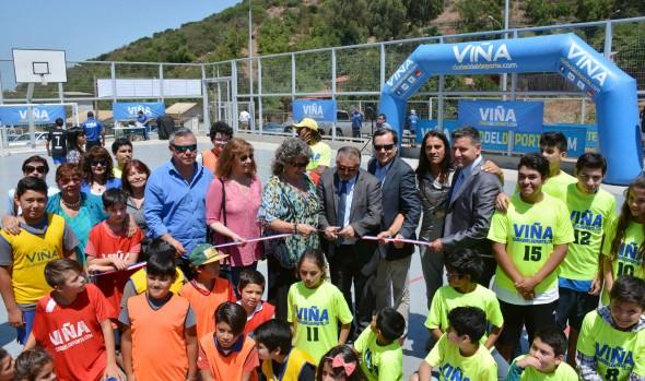 Nueva multicancha en Villa Hermosa fue inaugurada por la alcaldesa Virginia Reginato