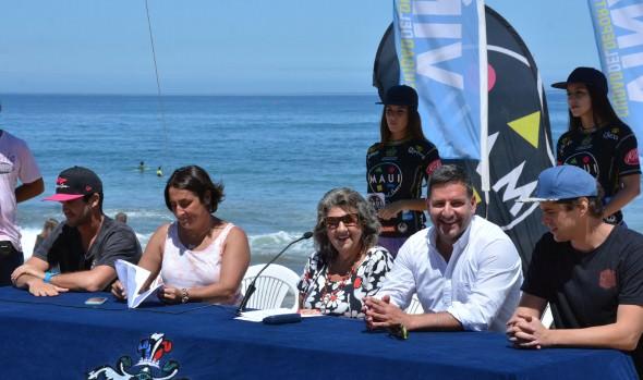 Antecedentes de  importantes torneos de surf en Reñaca dio a conocer alcaldesa  Virginia Reginato