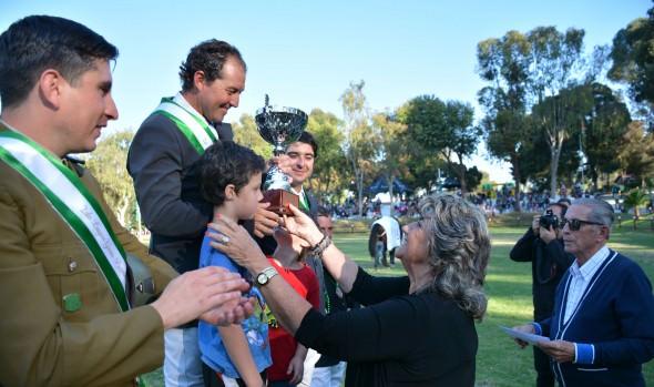 Binomio Quillay e  Ignacio Montesinos ganó  Premio Municipalidad de  Viña del Mar en Concurso Hípico Oficial de Carabineros