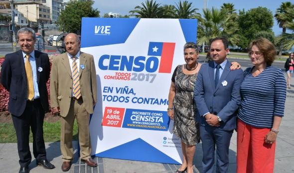 Llamado  a viñamarinos a sumarse como voluntarios para el Censo 2017, realizó alcaldesa Virginia Reginato