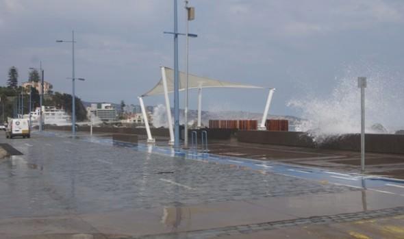 Municipio de Viña del Mar  mantiene vigilancia ante efectos de marejadas en borde costero