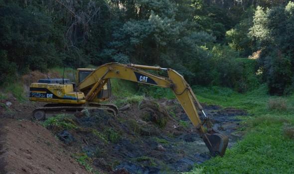 Municipio de Viña del Mar intensifica limpieza en tranques y quebradas por Plan Invierno