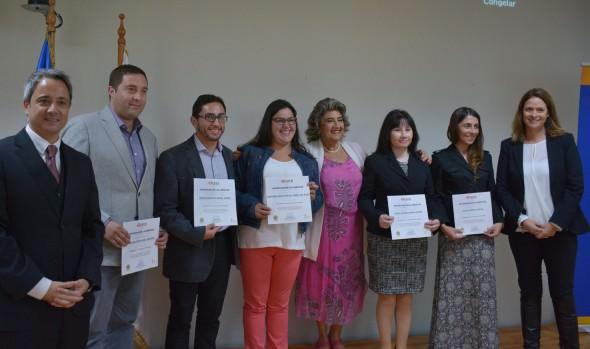 Funcionarios municipales refuerzan coordinación para entregar beneficios a menores