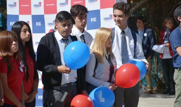 Estudiantes viñamarinos se preparan para el Censo 2017 en jornada especial