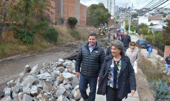Obras de mejoramiento de calle en Recreo  fueron inspeccionadas por alcaldesa Virginia Reginato
