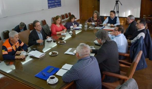 Alcaldesa Virginia Reginato llama a la tranquilidad ante seguidilla de temblores