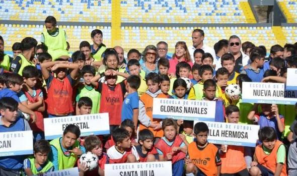 Municipalidad de Viña del Mar abre 14 escuelas de fútbol gratuitas para niños de diferentes sectores de la comuna