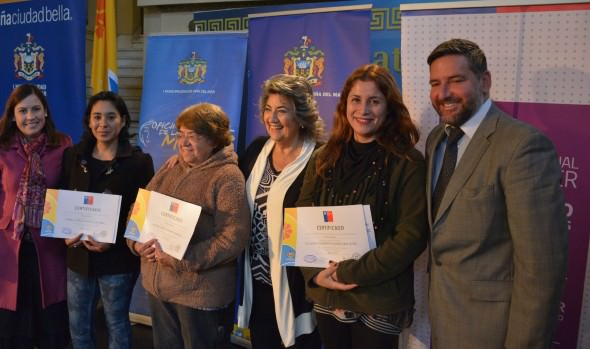 Programa mujeres jefas de hogar 2017 en Viña del Mar dio inició alcaldesa Virginia Reginato
