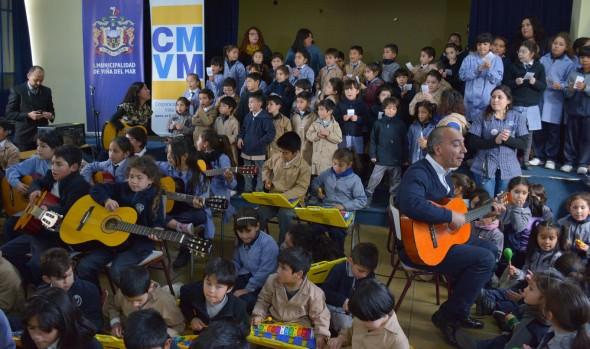 Recreo cultural  permite a alumnos viñamarinos demostrar todo su potencial artístico