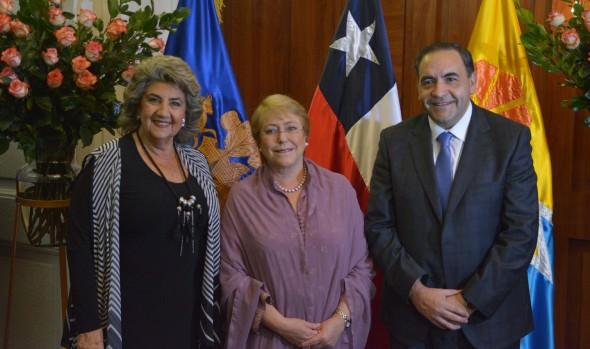 Gala Lírica de Viña del Mar homenajeó a Violeta Parra en el centenario de su nacimiento