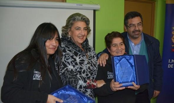 Vecinos de Glorias Navales se beneficiaron  con obras de mejoramiento de espacios públicos