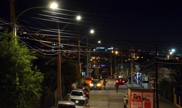 Nuevas luminarias que potencia seguridad en sector de Viña del Mar Alto recepcionó alcaldesa Virginia Reginato