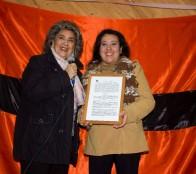 Comodato para su cancha de fútbol recibió CD Las Terrazas de parte de alcaldesa Virginia Reginato