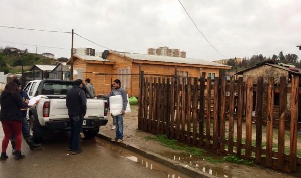 MUNICIPALIDAD COMENZÓ ENTREGA DE AYUDA SOCIAL A FAMILIAS AFECTADAS POR LLUVIAS