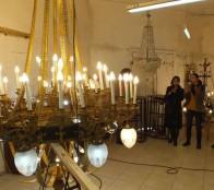 Municipio de Viña del Mar finaliza con éxito restauración de lámparas del Palacio Vergara y las pone a resguardo