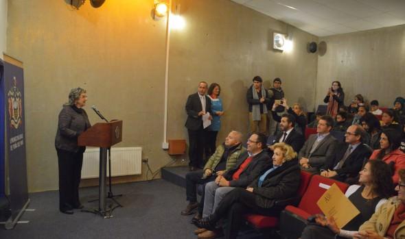 En inauguración de exposición educativa,  alcaldesa Virginia Reginato invitó a disfrutar de  vacaciones de invierno  en Museo Artequin