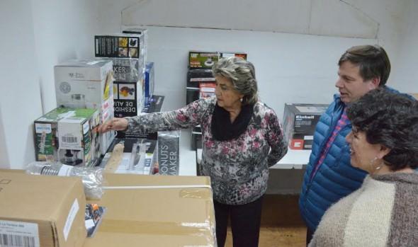 Microemprendedores viñamarinos recibieron certificación  de capacitación laboral de parte de alcaldesa Virginia Reginato