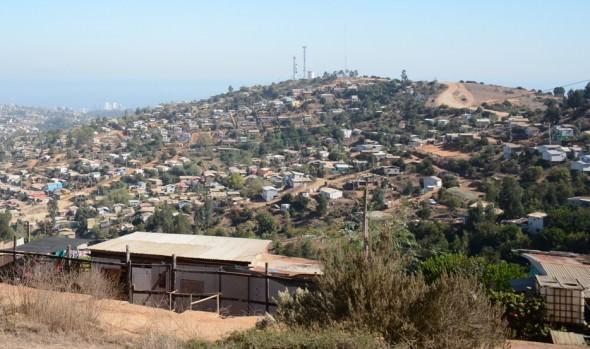 Nuevo paso en proceso de urbanización de campamento Manuel Bustos fue valorado por alcaldesa Virginia Reginato