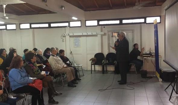 Municipio de Viña del Mar realiza charlas informativas a la comunidad