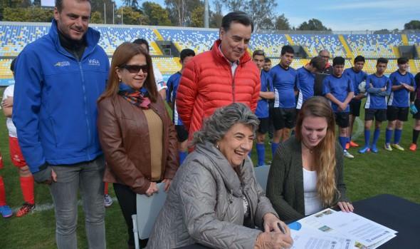 Municipalidad de Viña del Mar y Fundación Miradas Compartidas suscribieron importante convenio para la inclusión
