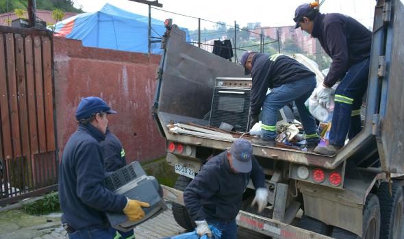 Municipio de Viña del Mar refuerza plan de retiro de desechos voluminosos a domicilio