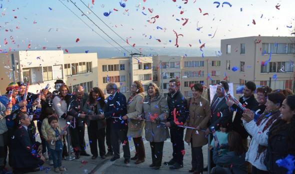 140 familias viñamarinas  recibieron sus departamentos en sector de Villa Dulce