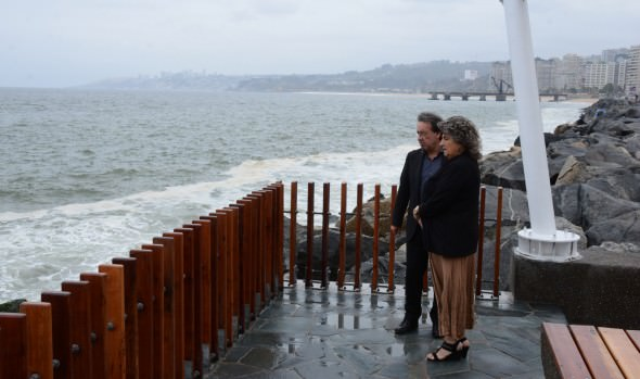 Municipio de Viña del Mar adopta medidas de contingencia por marejadas