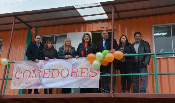 Mejoras en infraestructura y servicios de feria Marga Marga fueron entregados  por alcaldesa Virginia Reginato y SERCOTEC