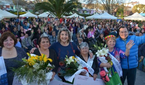 Santa Inés finalizó  celebración de nuevo aniversario con  coronación de reina, por parte de alcaldesa Virginia Reginato