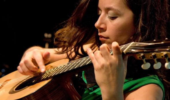 Municipio de Viña del Mar invita a concierto de Cecilia Zabala con obras de  Violeta Parra