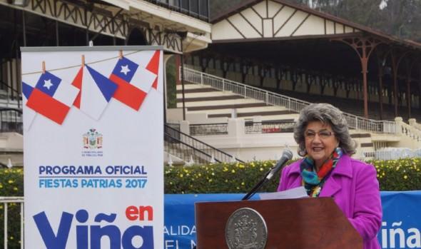 Panoramas culturales, artísticos y deportivos para celebrar Fiestas Patrias presentó alcaldesa Virginia Reginato