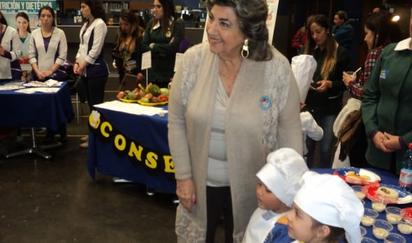 Municipalidad de Viña del Mar entregó consejos para una alimentación sana, a través de Mini chef