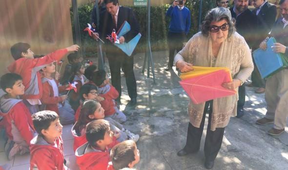 Municipalidad de Viña del Mar impulsa campaña preventiva para encumbrar volantines de forma segura