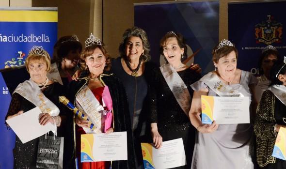 Representante de grupo folclórico ganó reinado del Adulto Mayor de  Viña del Mar