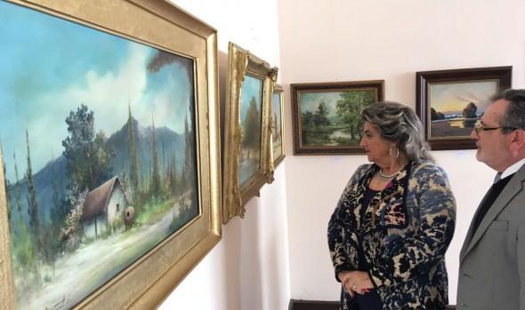 Exposición  de destacados pintores chilenos en el   Castillo Wulff inauguró alcaldesa Virginia Reginato
