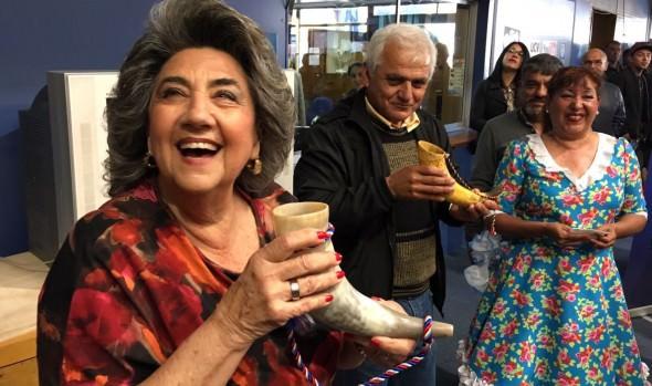 Grupo folclórico Peuco dió la bienvenida a las fiestas patrias en municipio viñamarino