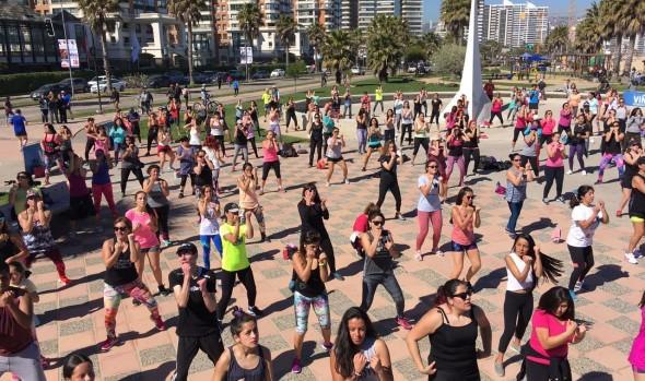 Mañanas fitness contagian de energía  el borde costero de Viña del Mar