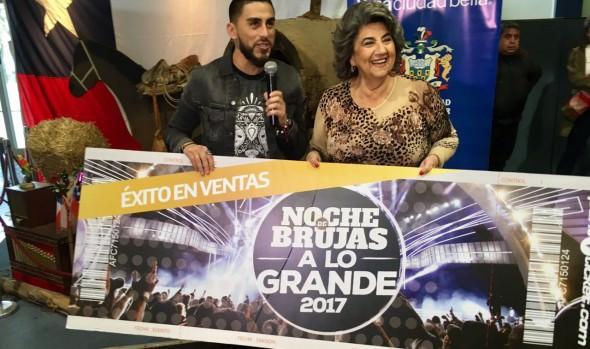 Grupo Noche de brujas invitó a  alcaldesa Virginia Reginato a la celebración de sus 15 años en la Quinta Vergara