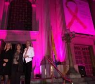 Viña del Mar ilumina edificios emblemáticos, sumándose a Campaña Mundial contra el cáncer de Mama